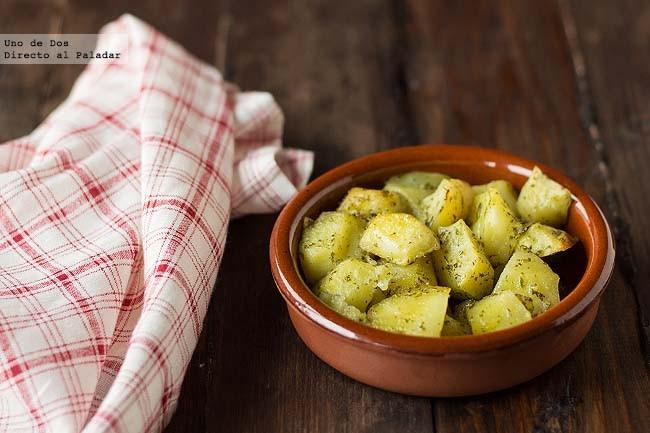 Receta de patatas adobadas al horno - Patatas pequenas al horno ...