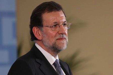 Rajoy anuncia que bajará los impuestos en 2014: no hay motivos para creerlo