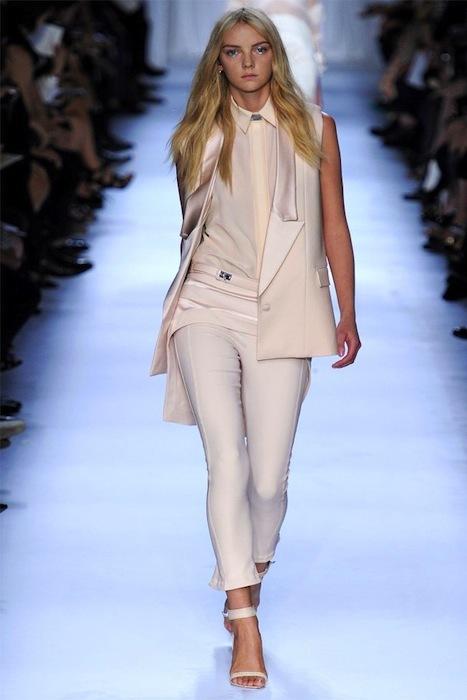 Foto de Givenchy Primavera-Verano 2012 (3/39)