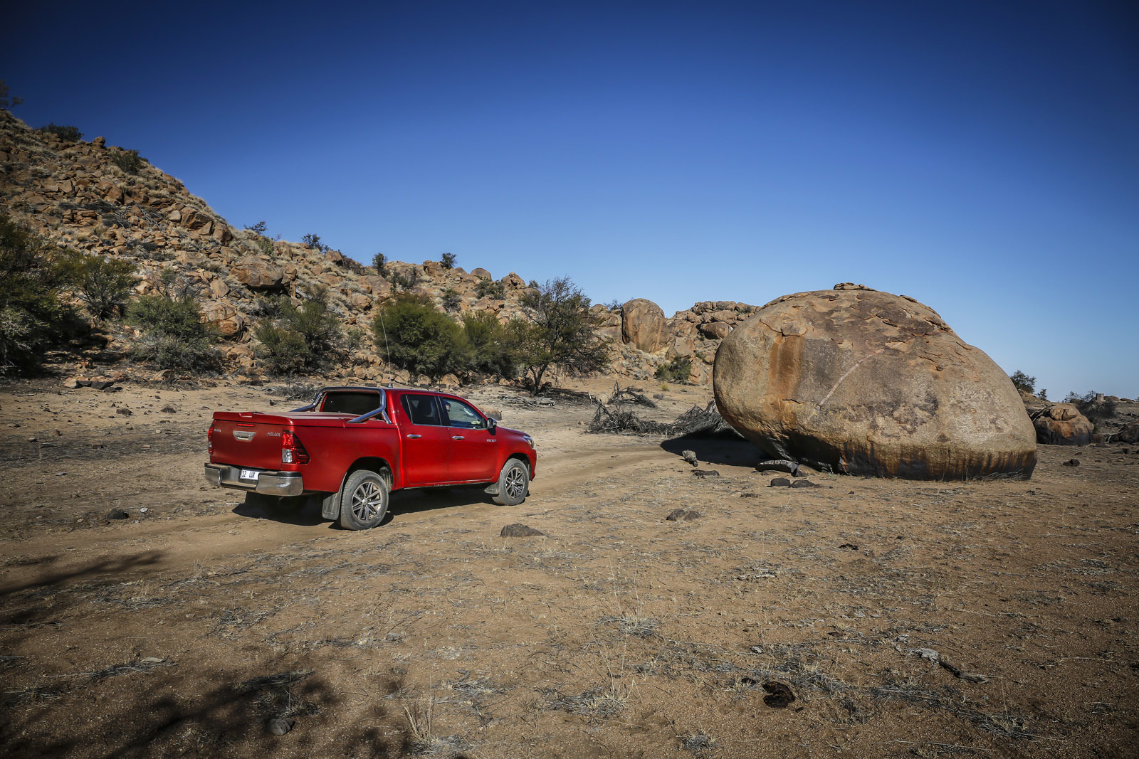 Foto de Toyota Hilux 2016 Namibia (56/74)