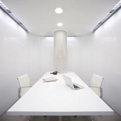 Foto 8 de 15 de la galería una-clinica-dental-aseptica-y-futurista en Decoesfera