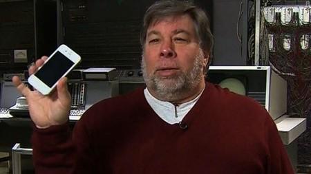 """Steve Wozniak sobre si nuestros dispositivos nos escuchan: """"Estoy preocupado y no creo que podamos pararlo"""""""