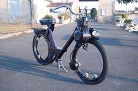 VeloSolex con ruedas sin bujes, una rareza aún hoy