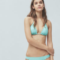 La colección de baño de Mango viene repleta de bikinis clásicos y atemporales