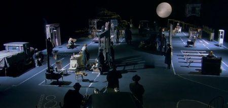 Una escena donde vemos el pueblo de Dogville