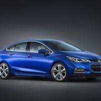 Así es el nuevo Chevrolet Cruze 2016, motor turbo y carga inalámbrica de celulares incluidos