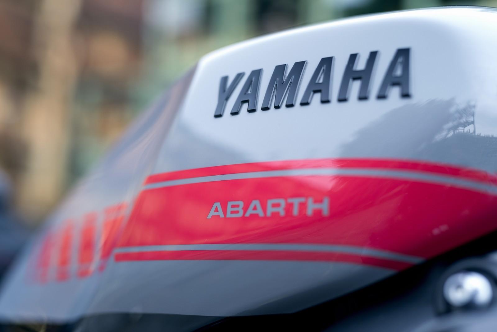 Foto de Yamaha XSR900 Abarth (20/49)