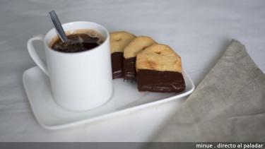 Galletas de mantequilla con forma de bolsita de té. Receta en vídeo