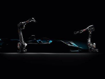 Los Fórmula E evolucionan y se convierten en verdaderos coches de carreras