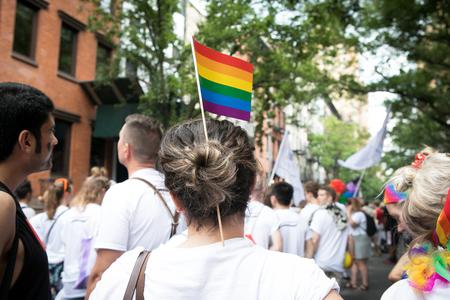 El valor de la ley: los suicidios entre homosexuales cayeron en Suecia tras legalizar el matrimonio