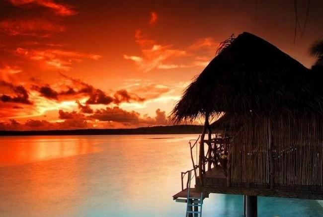 Esta isla privada en el Pacífico está a la venta (y no podemos permitirnos comprarla, pero nada nos impide alucinar con sus fotos)