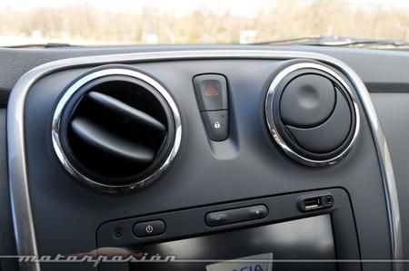 Dacia Sandero acabado interior
