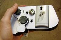 El mando perfecto para jugar a DOA Extreme 2