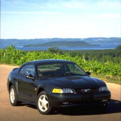 Foto 61 de 70 de la galería ford-mustang-generacion-1994-2004 en Motorpasión