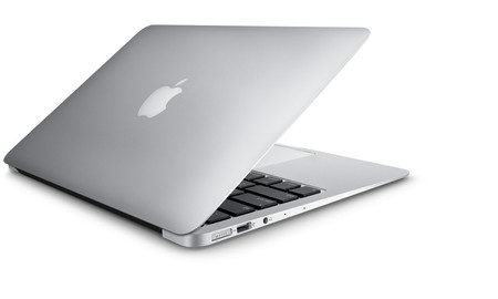 Macbook Air 13, un peso pluma para las vacaciones