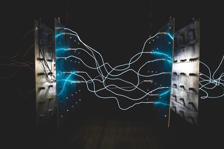 """Los investigadores que pueden sacar energía de la oscuridad: la carrera por conseguir una """"placa solar inversa"""" coge velocidad"""