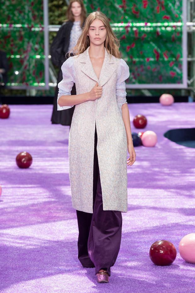 Foto de Christian Dior Alta Costura Otoño-Invierno 2015-1026 (16/57)
