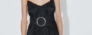 Paula Echevarría consigue un perfecto look de noche de verano con este vestido de Zara