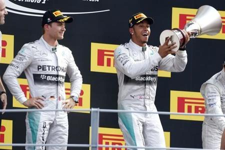 Rosberg y Hamilton.jpg
