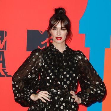 Paz Vega luce el perfecto look de Navidad en los MTV EMA 2019