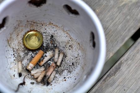 cenicero-cigarro-fumar