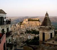 Viaje a Sicilia: Visita a pie por la Ragusa moderna