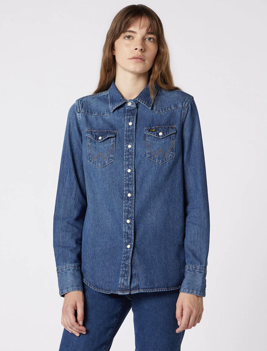 Camisa de mujer vaquera de manga larga en azul