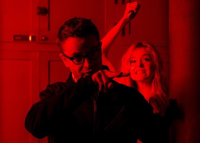 Nicolas Winding Refn y Elle Fanning en el rodaje de The Neon Demon