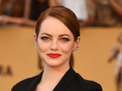 Todas lo intentan pero pocas brillan como Emma Stone. Un nuevo éxito en los Premios SAG 2015