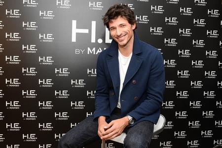 Andrés Velencoso sustituye a Gerard Piqué en H.E by Mango: primeras imágenes