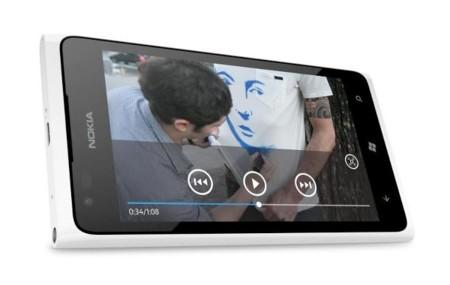 Nokia Lumia 900 en color blanco, no habrá versión con 12 megapíxeles