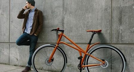 Luz LED que crea un carril para las bicicletas