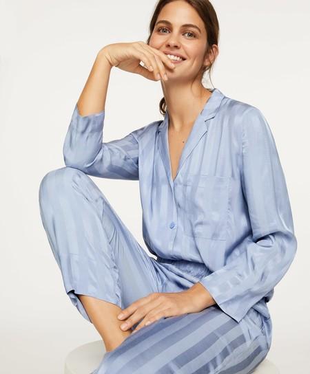 Camisas De Pijama En La Calle
