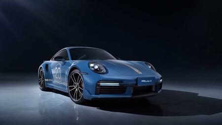Porsche 911 20 Aniversario en China
