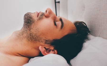 Las teorías científicas que intentan explicar las cinco erecciones que tienen los hombres cuando duermen
