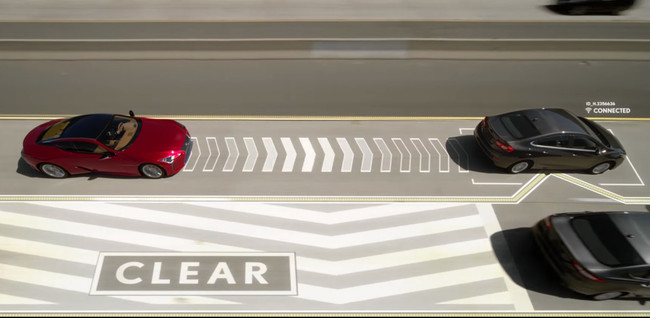 Lexus tiene la solución a los lentos del carril izquierdo... aunque es fruto del April Fool's Day