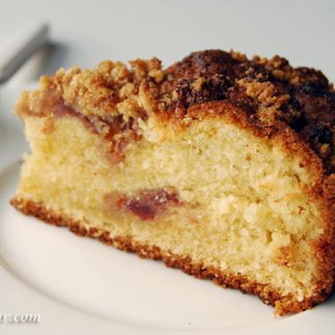 Cake de mermelada de fresa con streusel, un delicioso pastel para endulzar la merienda
