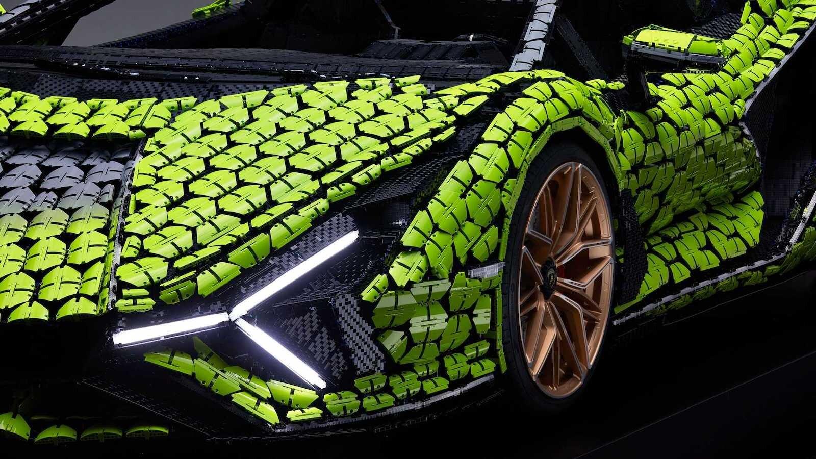 Foto de Lamborghini Sián Lego replica tamaño real (9/18)