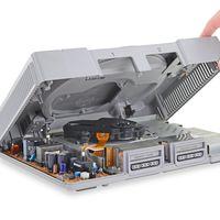 Las tripas de la PlayStation original nos demuestran lo mucho que han cambiado las consolas (y el mundo) 25 años después