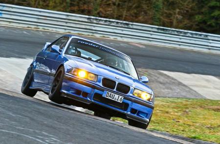 ¡Espectacular! El BMW M3 E36 más rápido de Nürburgring rueda en 7:31 minutos en estos vídeos