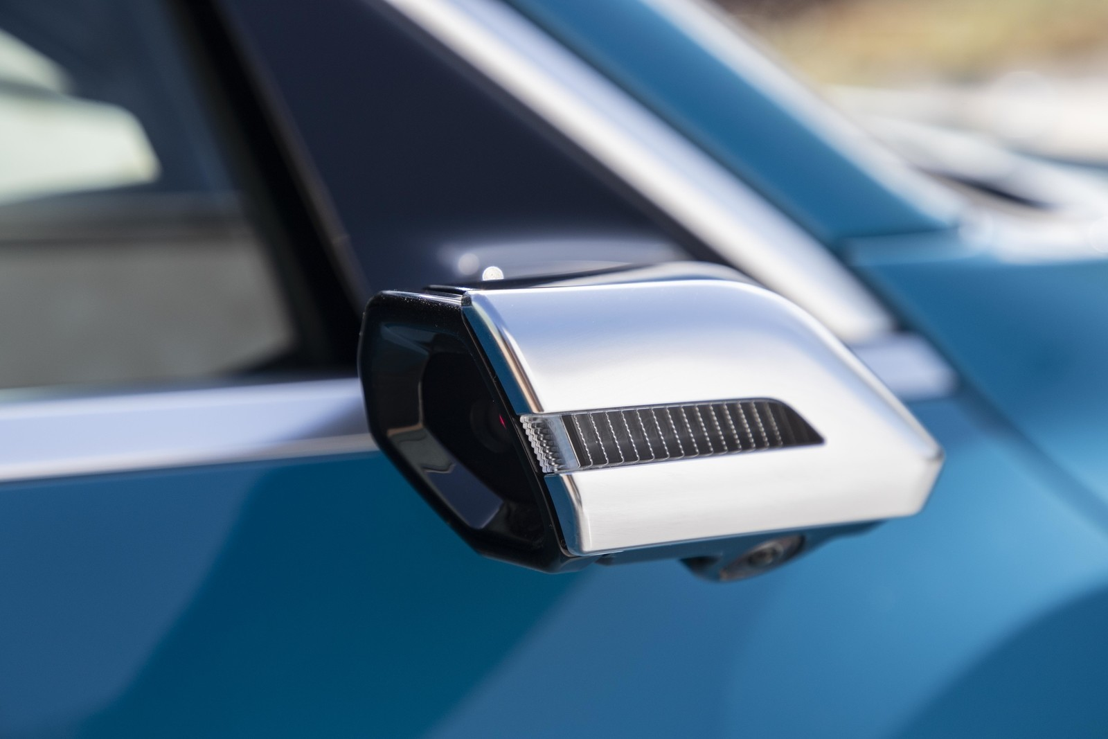 Foto de Audi e-tron (55/111)