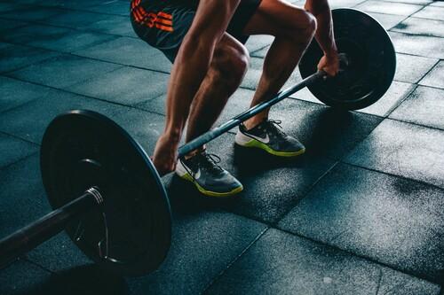 Chollos en ropa deportiva Nike, Puma, Adidas o Under Armour en algunas tallas sueltas disponibles en Amazon