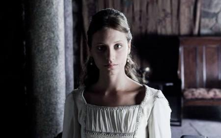 'Isabel' convence a la audiencia a pesar de todo