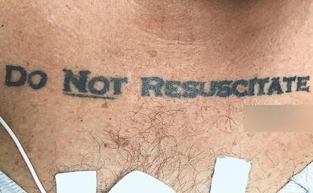 """El día que un paciente inconsciente con un tatuaje de """"no revivir"""" provocó todo un dilema ético"""