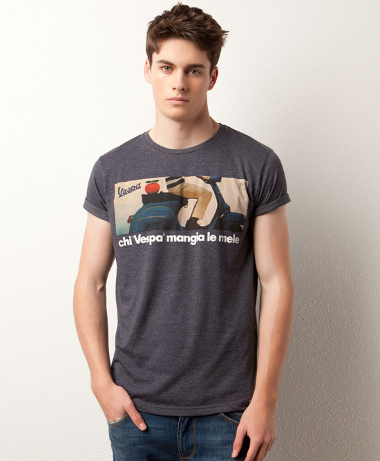 Camiseta Pull and Bear vespa azul
