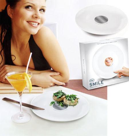Smile!, el plato con espejo incorporado