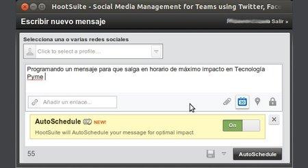 Hootsuite permite programar mensajes en las redes sociales para que salgan en el momento de mayor impacto