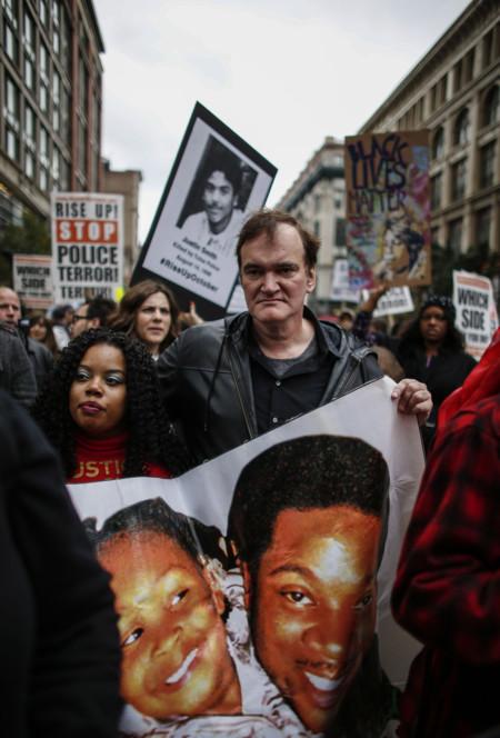 Tarantino contra la violencia policial