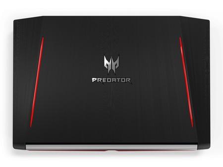 Predator Helios 300 05