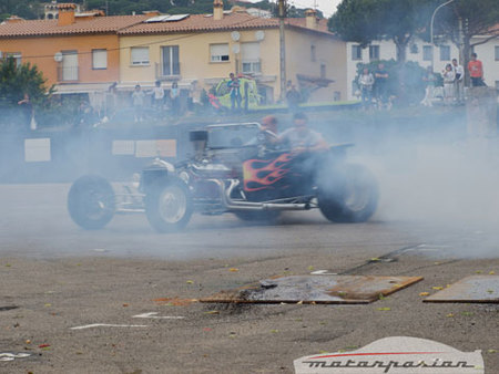 Ford T-Bucket Burnout